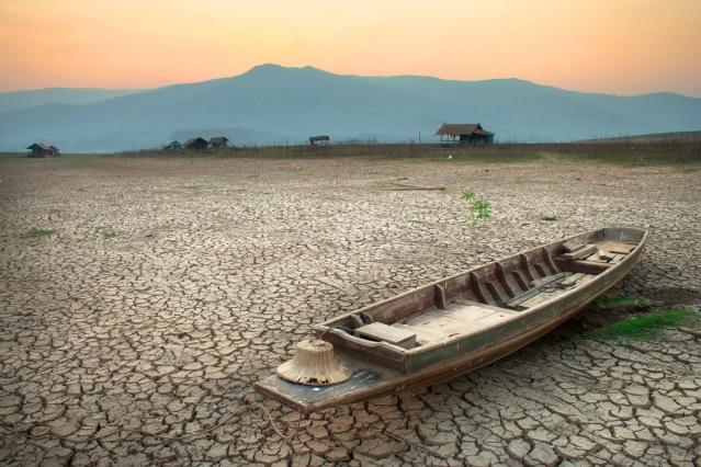 1800x1200_boat-in-drought-shutterstock_248135746 copy.jpg