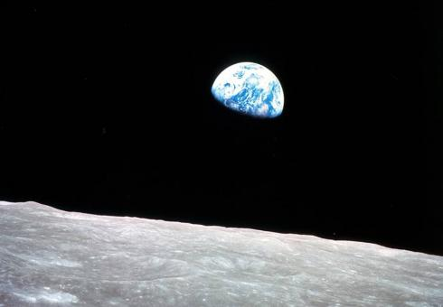 Earthrise_NASA_WEB.jpg
