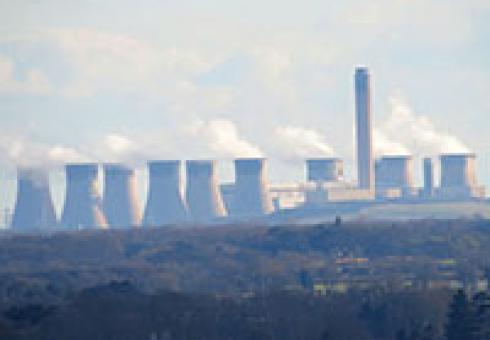 Photo: Drax power station in England is the world's largest consumer of industrial wood pellets. (Source: Kevin Blowe)