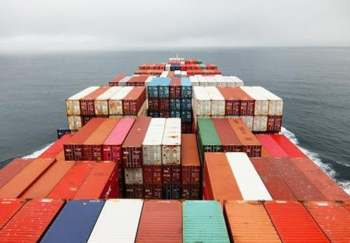 Selin-Intl-Shipping-Emissions-636x477_WEB.jpg