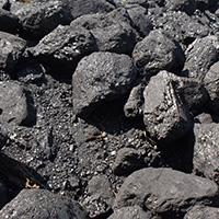 A pile of coal (Source: Flickr, oatsy40)