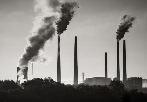 The biggest source of mercury in the U.S. continues to be coal power plants. Source: booleansplit/flickr, CC BY-NC